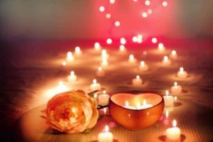 lit candles - great free valentine's day gift ideas!